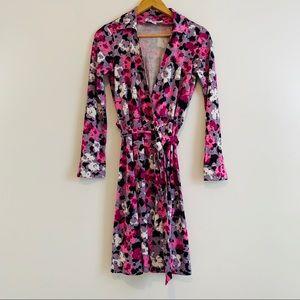 DVF Andy Warhol 100% silk wrap dress size 6